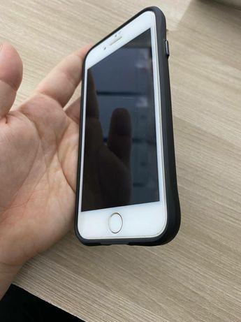 Прлдается Iphone 7 срочно