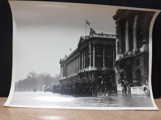 Foto document-ocuparea Parisului de armata Germana ww2