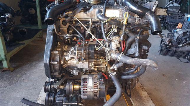 Bloc motor / chiuloasă completă Focus 1 1.8 D, pompă injecție cod 006
