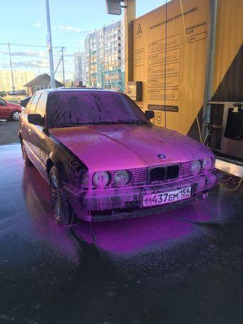 Продам легенду BMW E34 литые диски R17оригинал музыка есть