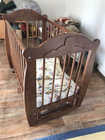Детская кровать (манеж)  из натурального  дерева