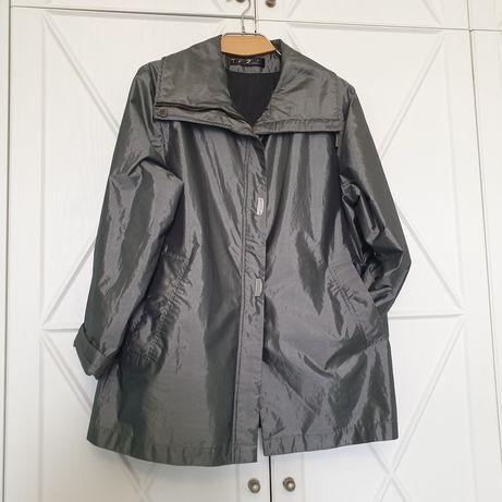 Продам женскую куртку осень-весна