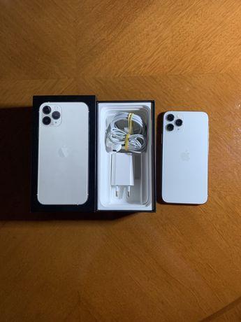 Iphone 11 Pro silver 64gb. Аккумулятор: 81%. Наушник в подарок