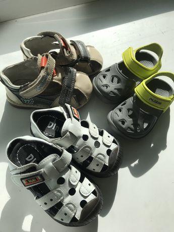 Летняя обувь на 2 года