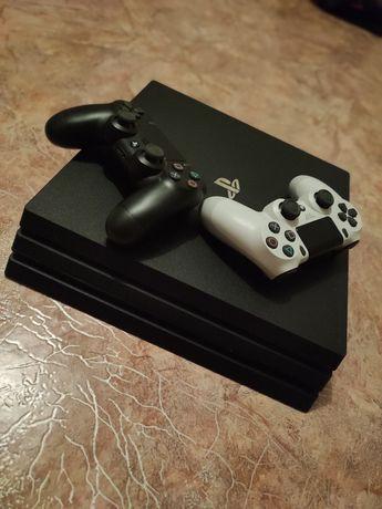 Продам PlayStation 4 Pro