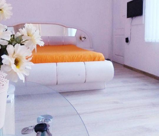 AZARO1- Луксозен апартамент в идеален център на 20 метра от плажа