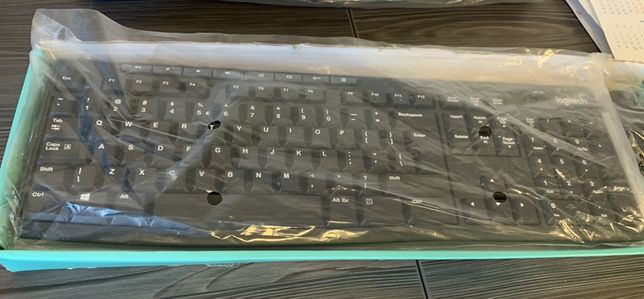 NOU Set wireless tastatura si mouse Logitech