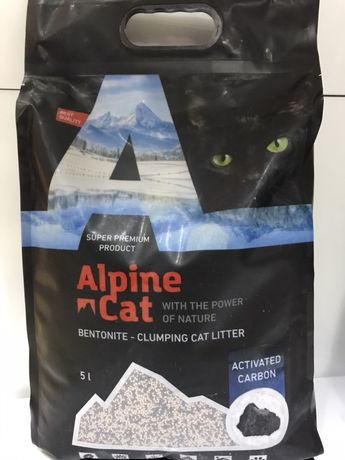 Комкующийся наполнитель Alpine Cat с углем