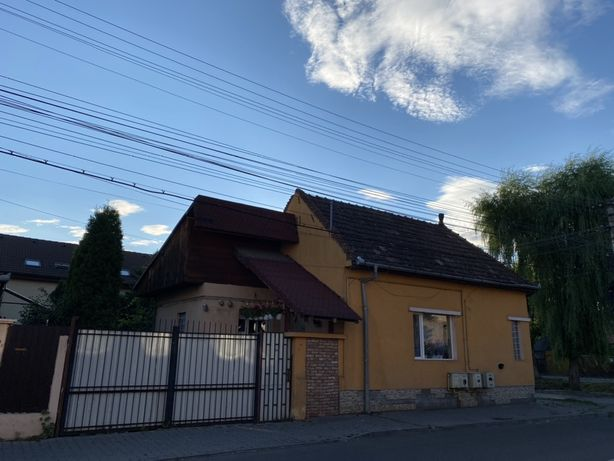 Vand casa cu autorizatie pentru birouri sau spatiu comercial