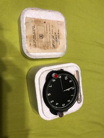 Руски/Съветски НОВ самолетен авиационен часовник