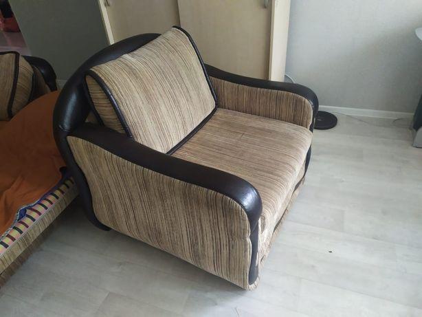 Продам раскладное кресло.