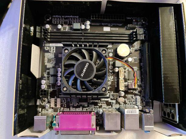 Placa de baza GIGABYTE GA-E2500N mini-ITX with AMD E1 CPU DDR3 - poze