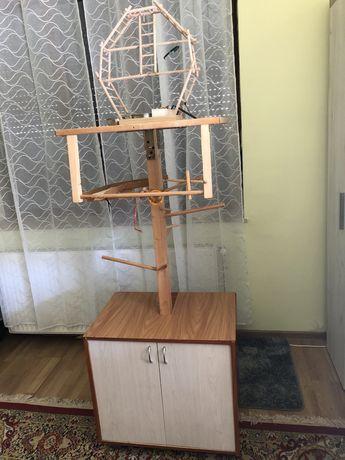 Dulap cu ansamblu de joaca pentru papagali