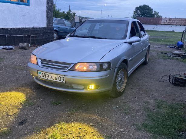 Opel Vectra B в хорошем состоянии