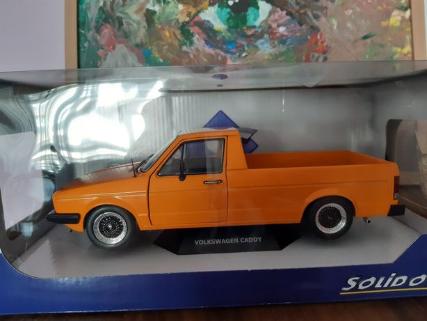 VW Pick Up caddy 1/18 de colectie