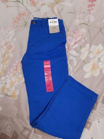 Нови дънкови панталони