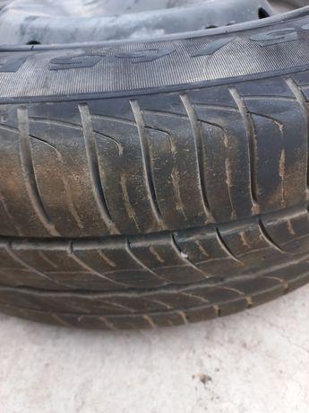 Продам резину Pirelli 185/65 R15