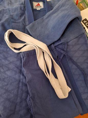 Dzudo kimano sport