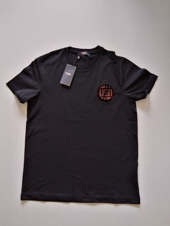 Tricou Fendi Black Patch Tee Shirt masura S M L XL si XXL