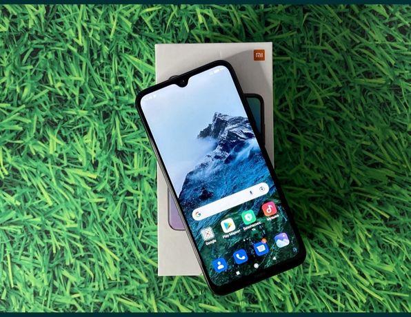 Продам телефон Xiaomi redmi note 8 память 4 гб 64.