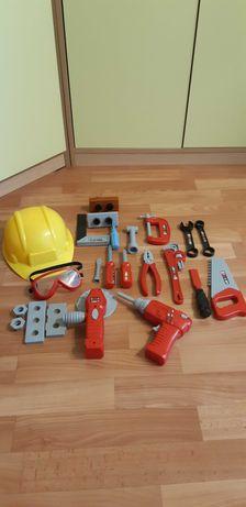 Продам комплект игрушечных инструментов