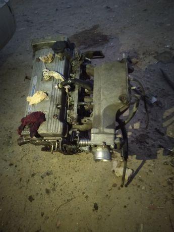 Мотор от Тоиоты Карины обьем 1.6