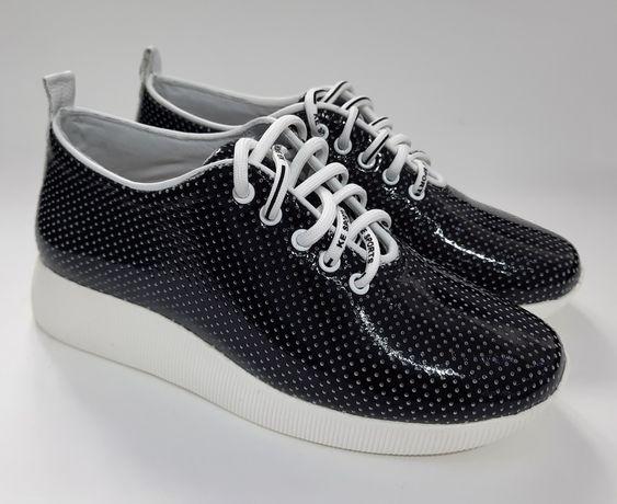 Обувь. Кожаные мокасины
