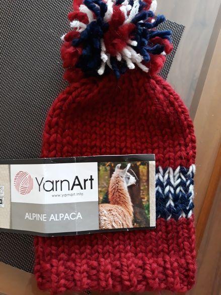 Нова детска шапка, ръчно плетена! Прежда алпака и вълна!