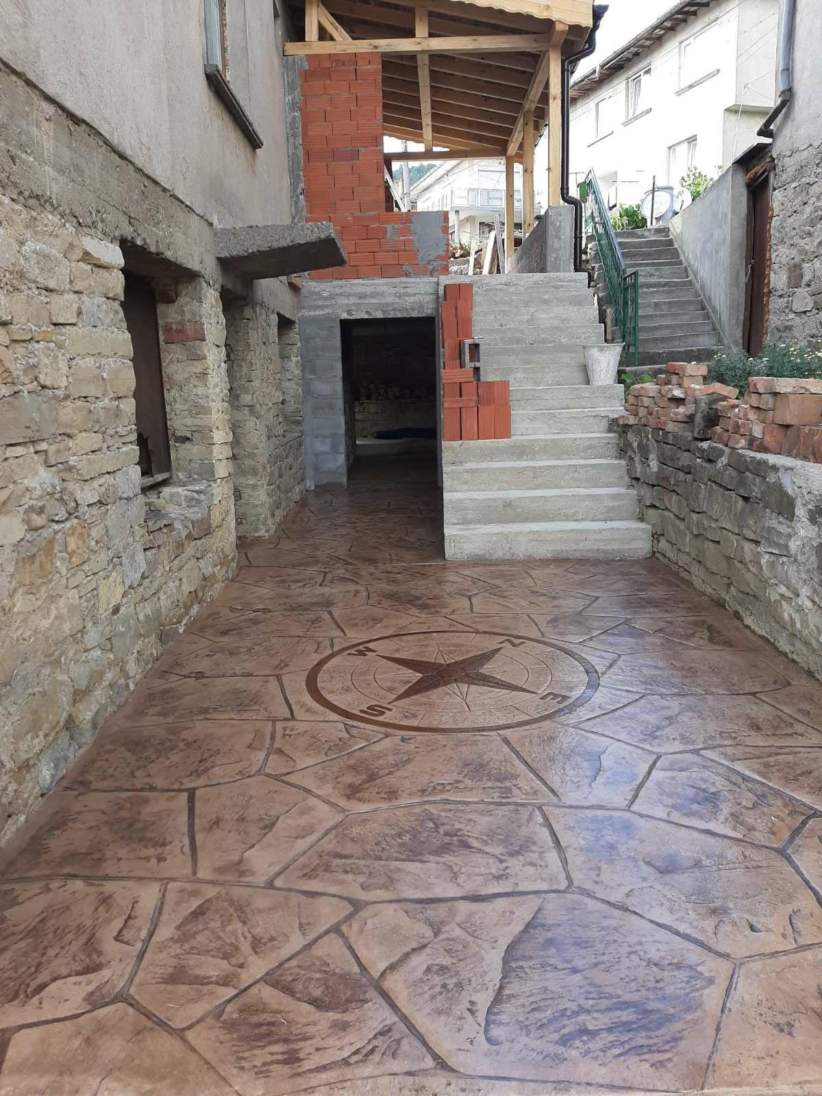 Щампован бетон  декоративни изделия
