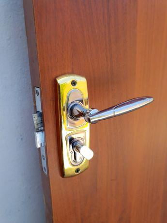 Двери  межкомнатные с комплектующими