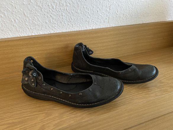 Обувки Kickers, 40 номер