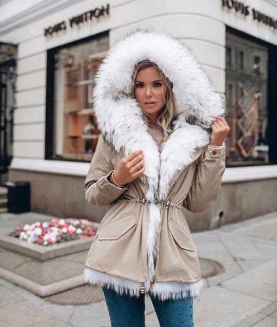 Зимнняя парка (куртка) с мехом лисы