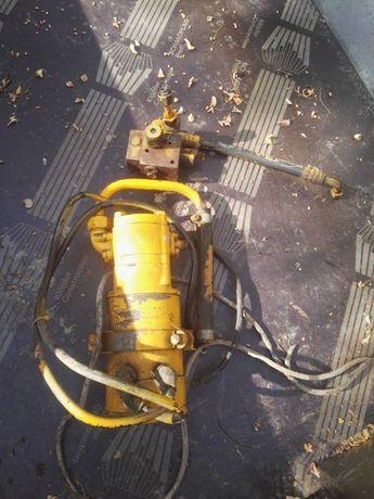 Vand pompa hidraulica bosch cu actionare la 48 v de transpaleta elect