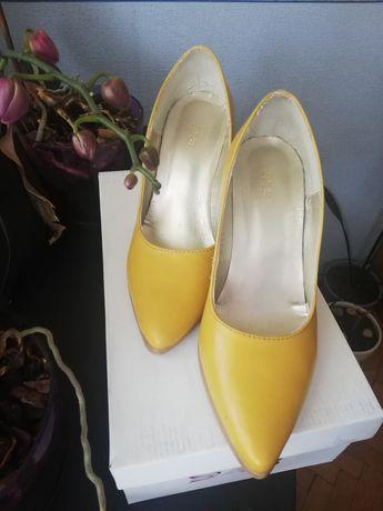 Обувки на ток естествена кожа
