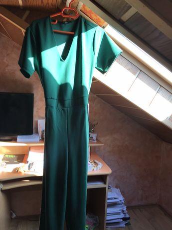 salopeta Bershka verde cu dungi laterale moderna marimea S/M