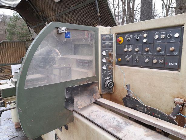 Masina 4 fete SCM