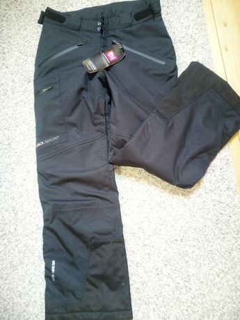 Pantaloni pentru ski