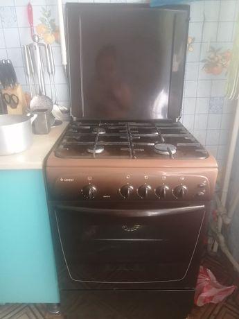 Газовой плита хорошем отличном состоянии
