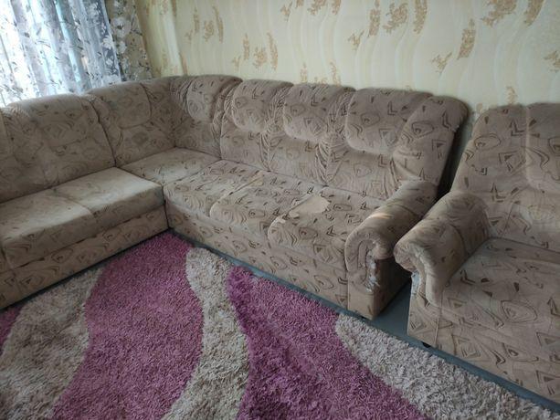 СРОЧНО!!! Продам угловой диван + кресло.