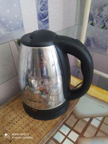 Продам чайник электрический и кастрюлю