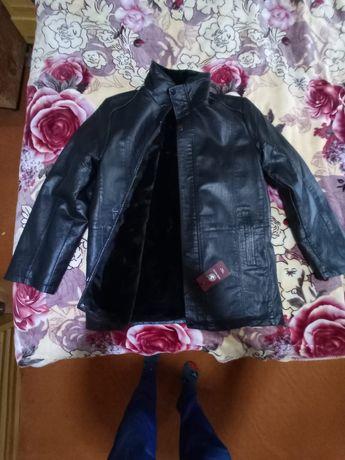 Куртки кожаные 2 каждая 25 тыс