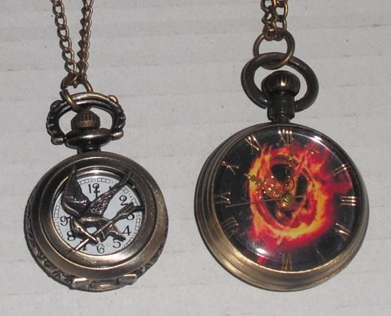 Часовник-колие Сойката-присмехулка