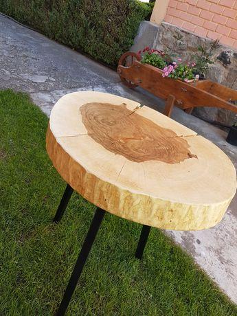 Măsuță de lemn cu blat din frasin