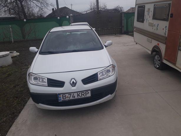 Auto marca Renault megane