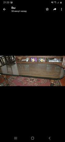 Продам стол истульядерево.Мебель для гостиной.
