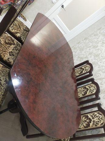 Продам стол в гостиную со 6 стульями 2.5 метра