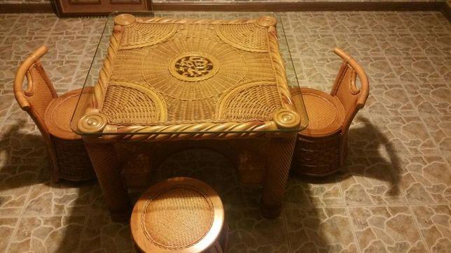 Комплект детской мебели из натурального ротанга