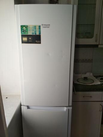 Холодильник Arisron Hotpoint