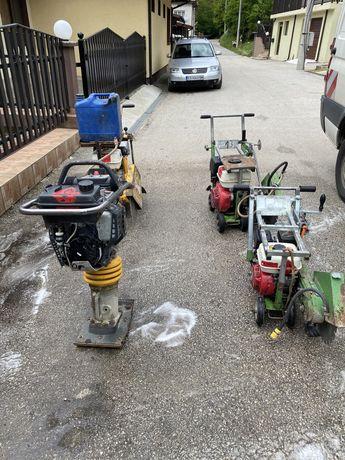 Машини за рязане на асфалт трмбовка пачи крак  Bomag хонда Honda