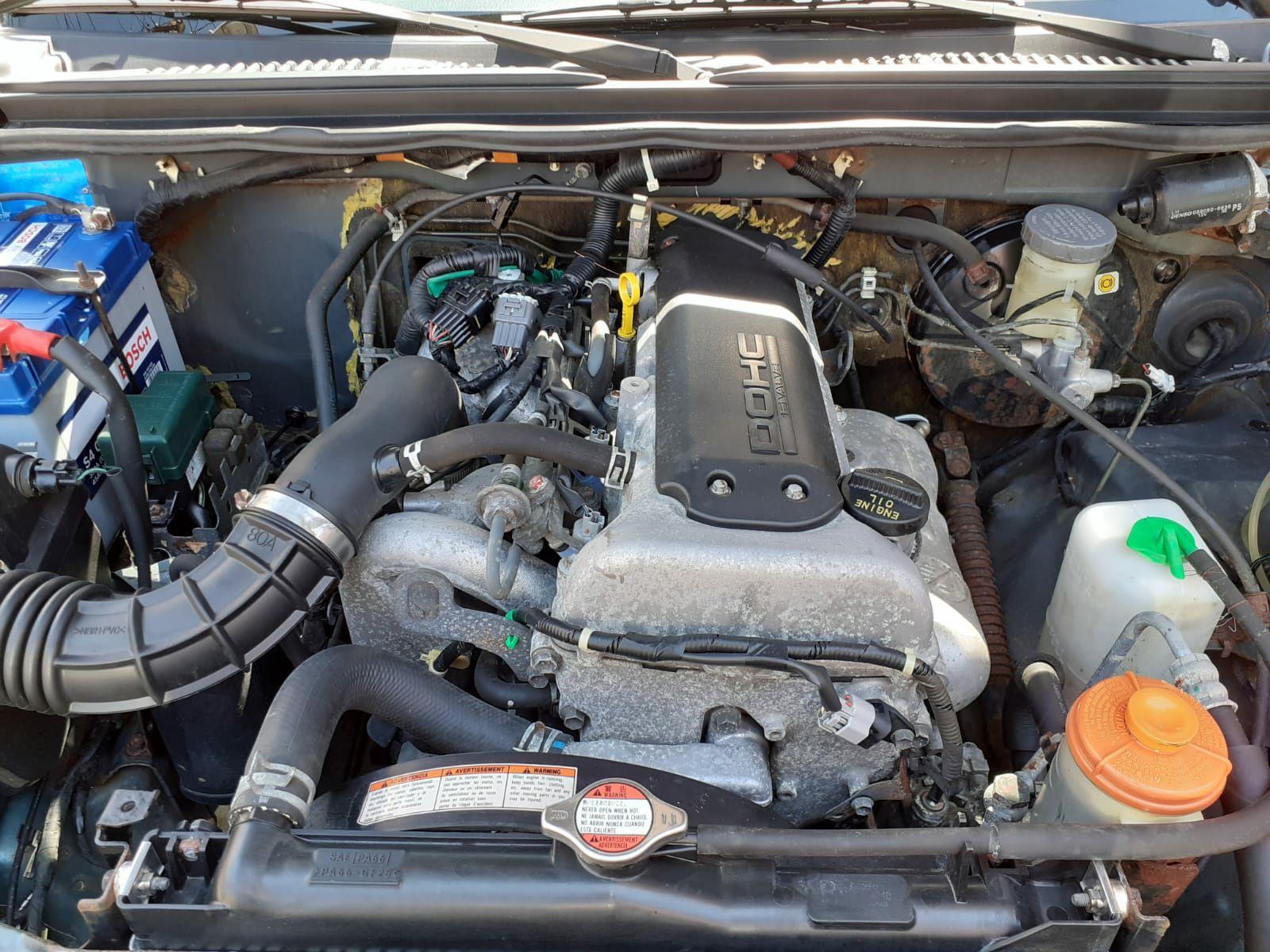Dezmembrez/Piese motor Suzuki Jimny M13A